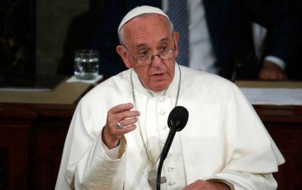 El pontífice de la Iglesia católica rezó desde el Vaticano por la tranquilidad y la serenidad para el país