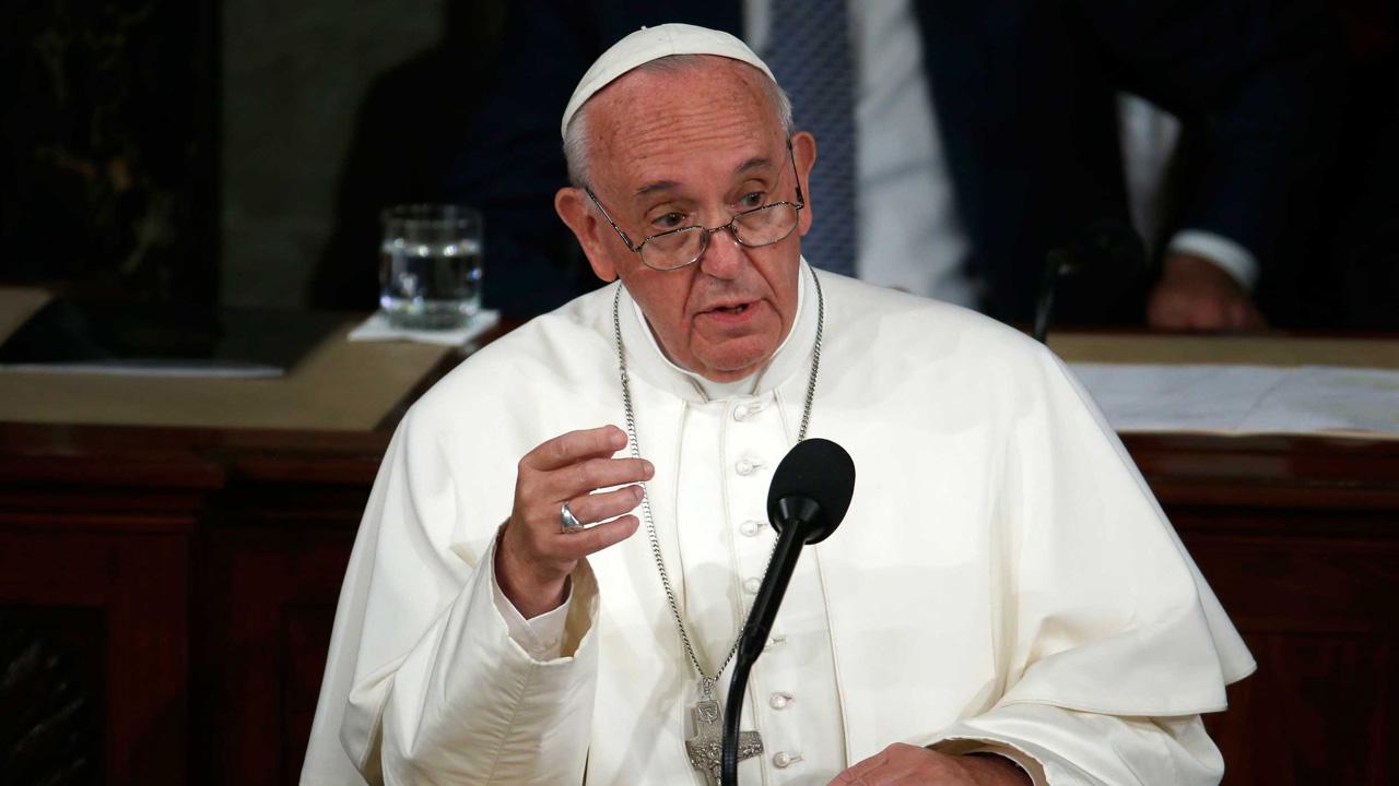 """A juicio del Santo Padre , """"hay un peligro de que esta droga reduzca la comunicación a simples contactos"""""""