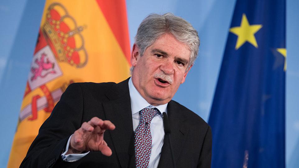 """El canciller español, Alfonso Dastis señaló que las elecciones tuvieron """"deficiencias democráticas e irregularidades"""""""