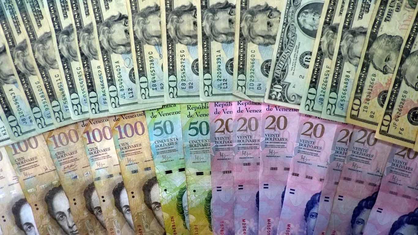 Destacan que haber priorizado la divisa externa para los efectos de ingreso es una causa de la hiperinflación actual