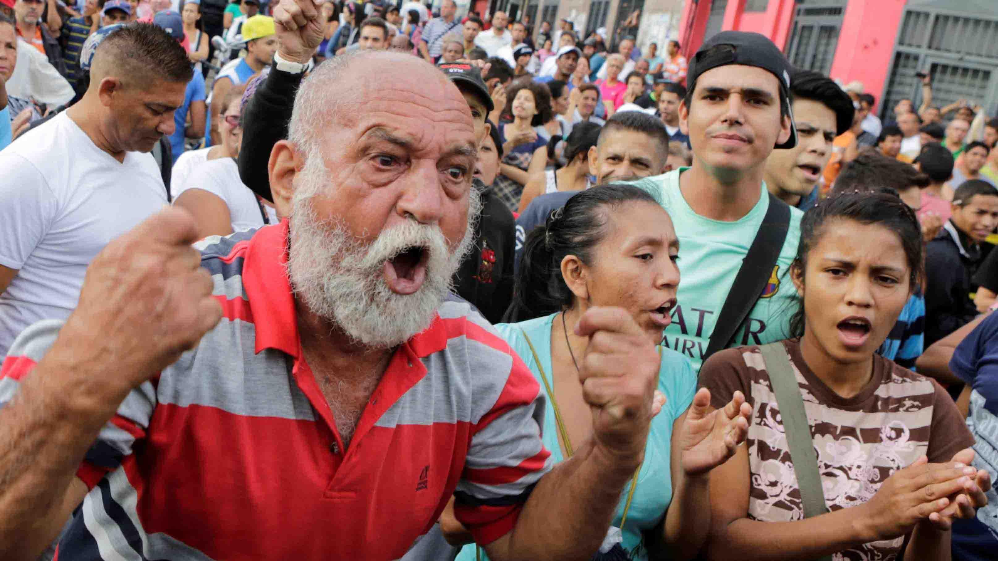 DOBLE LLAVE - El Observatorio Venezolano de Conflictividad Social indicó que este año la exigencia en las calles se debe a la falta de suministros básicos