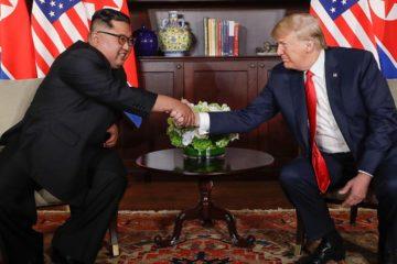 Ambos naciones se comprometieron a establecer nuevas relaciones de acuerdo con el deseo de paz de los dos países