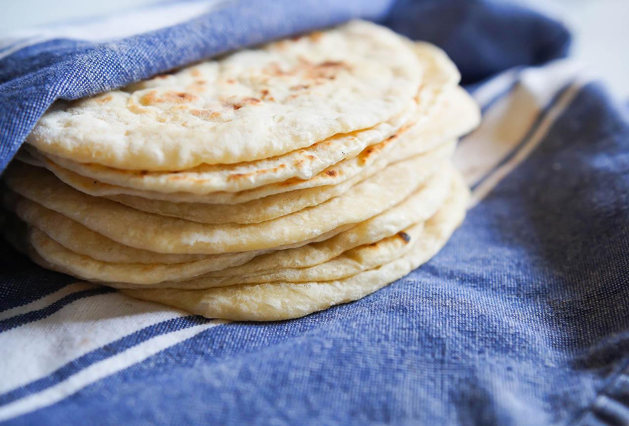 El alimento está constituido por proteínas, ácido fólico y fibra el cual contiene diversos nutrientes