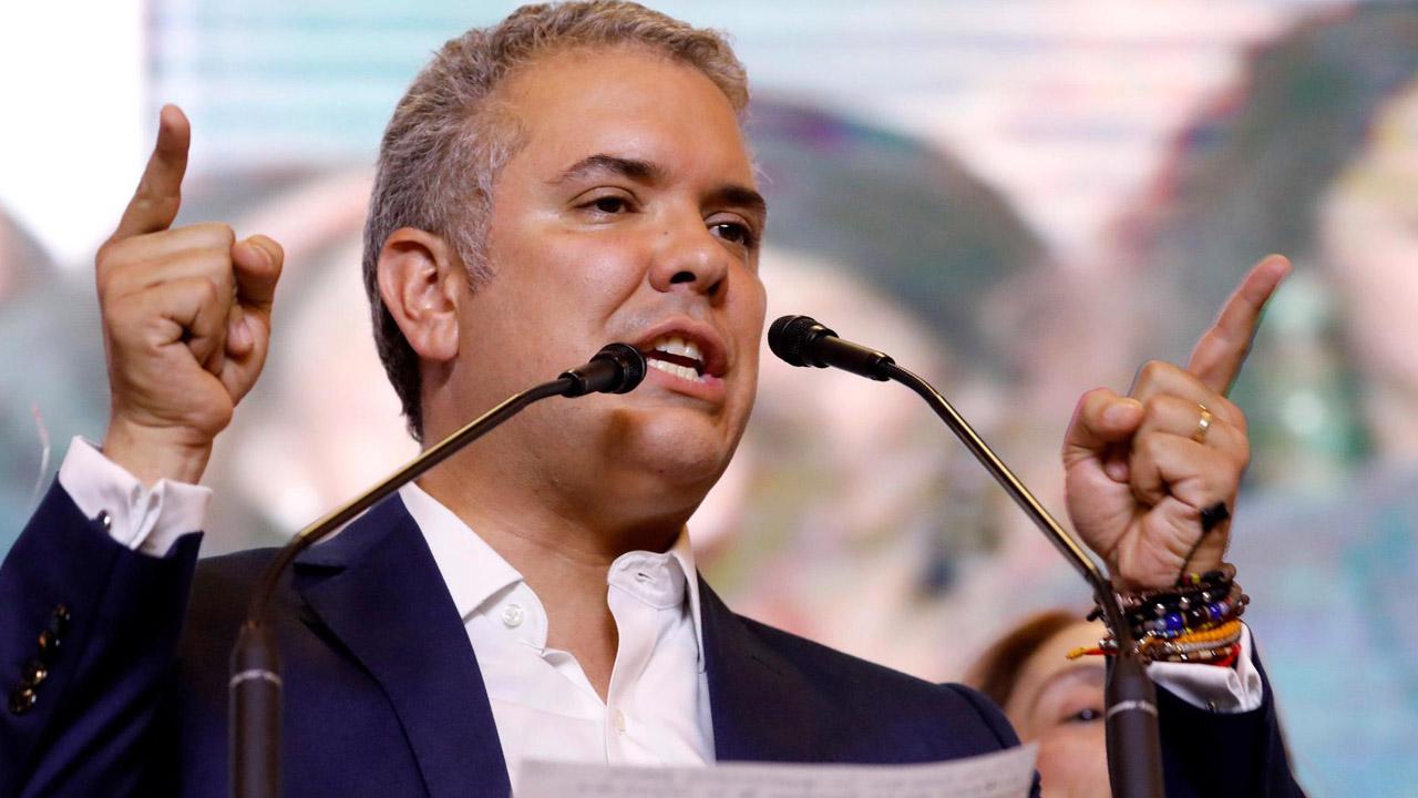 Iván Duque oficializa la salida de Colombia de la Unasur