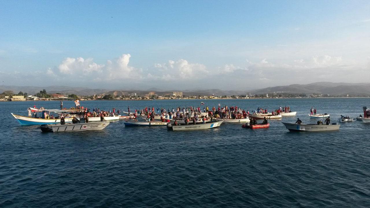 La embarcación había desplegado en aguas de Colombia 18 embarcaciones artesanales