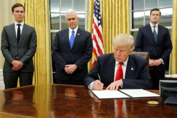 """El mandatario estadounidense explicó que la medida fue tomada """"para mantener a las familias juntas"""""""