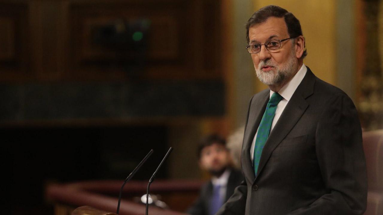 El dirigente socialista Pedro Sánchez fue elegido por mayoría absoluta en el Congreso para asumir el cargo