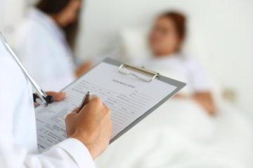 Una encuesta a un grupo de médicos determinó que la ausencia de medicamentos es la principal causa de la realidad de trasplantes en el país
