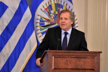 El secretario general de la OEA destacó el continente americano debe estar libre de dictaduras.