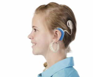 Estudian un nuevo implante auditivo basado en la luz