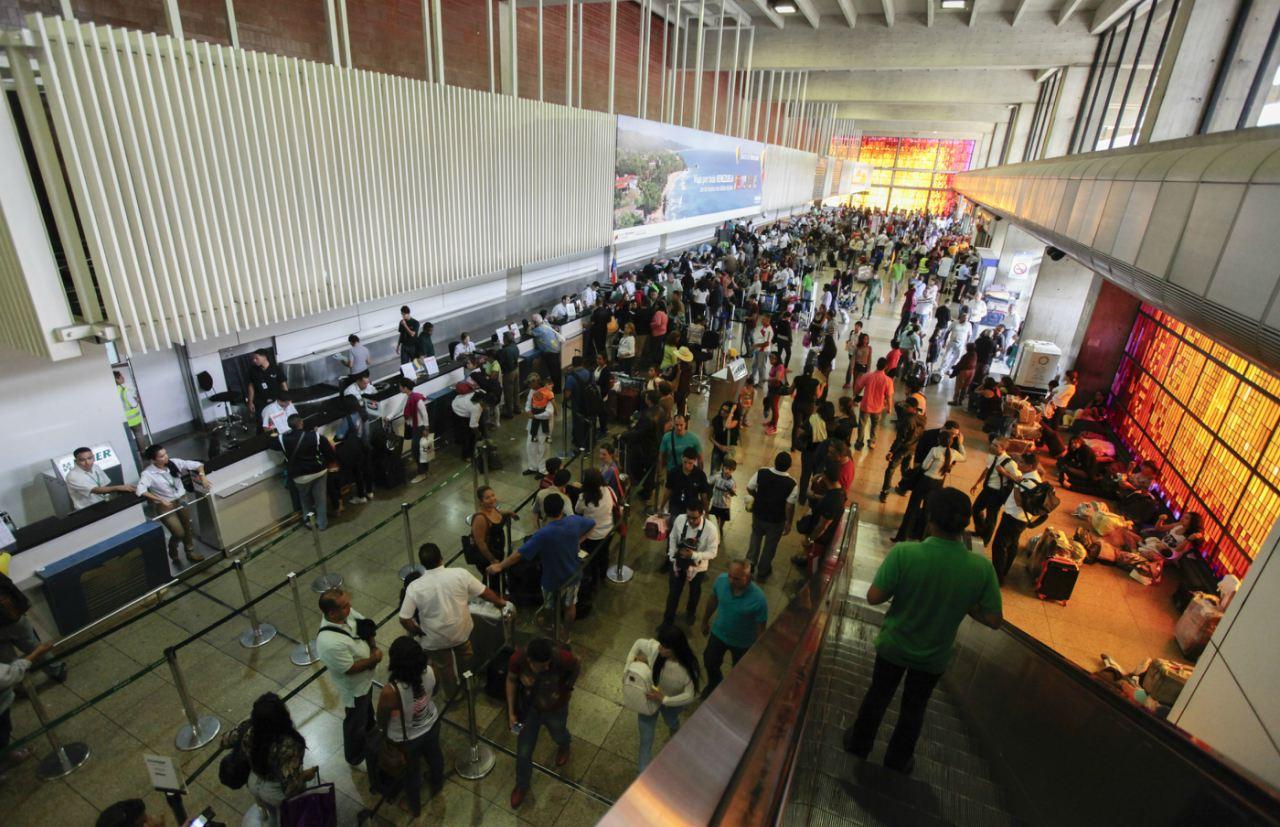 Aeropuerto de Maiquetía se quedó sin luz