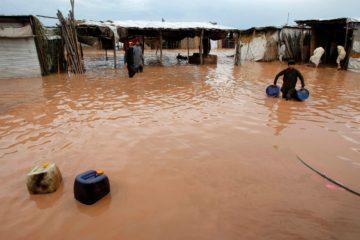 Más de 10 muertos deja desbordamiento de un lago en Afganistán