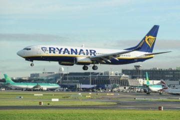 Avión aterriza de emergencia en Alemania y deja 33 heridos