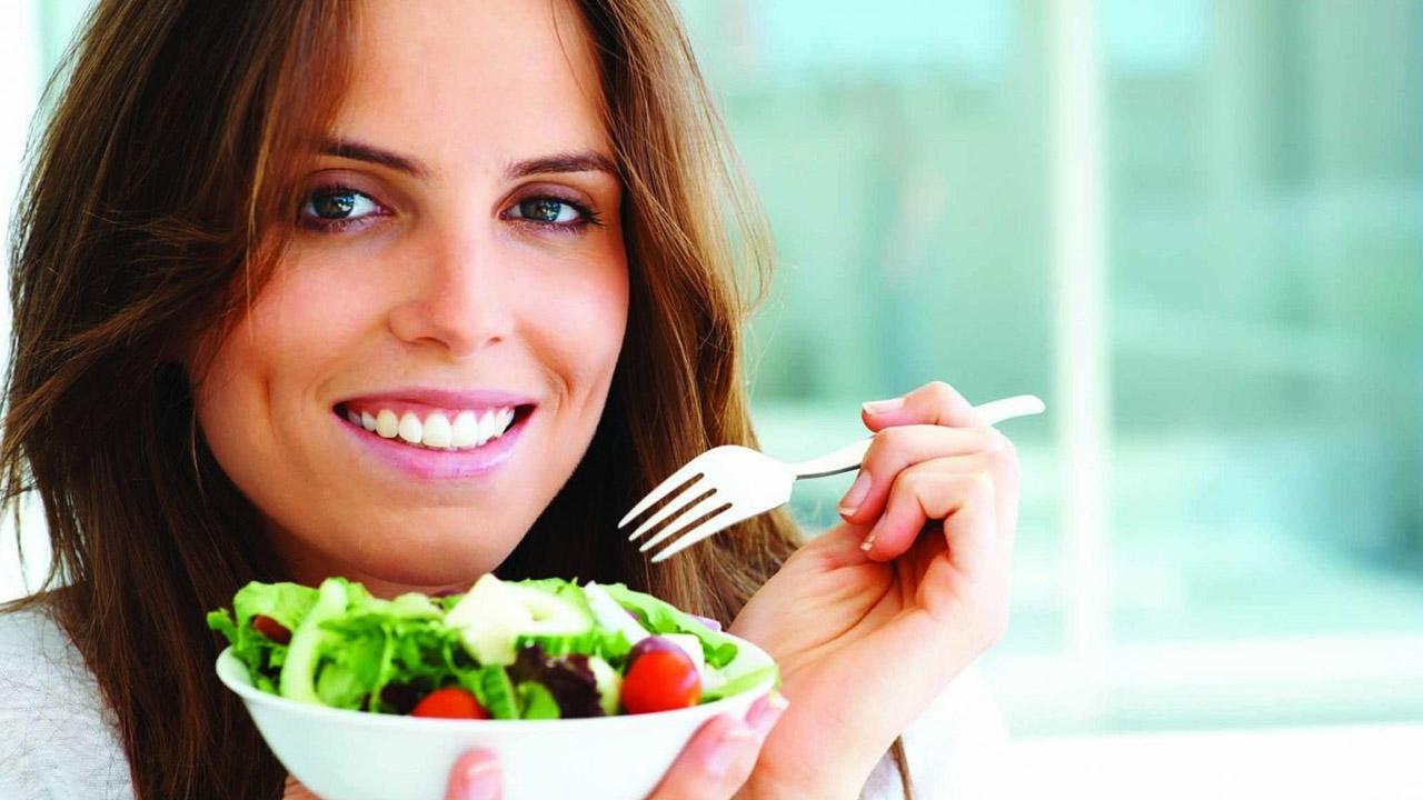 Las personas con cáncer deben seguir un régimen dietético guiado por un profesional para evitar complicaciones