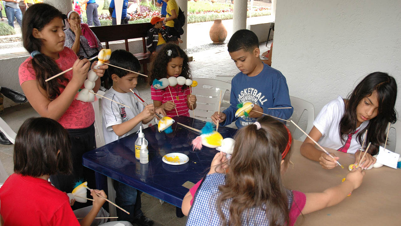 """El programa recreacional """"Agosto Escuelas Abiertas"""" atenderá a 29 mil niños y adolescentes con diversas actividades"""