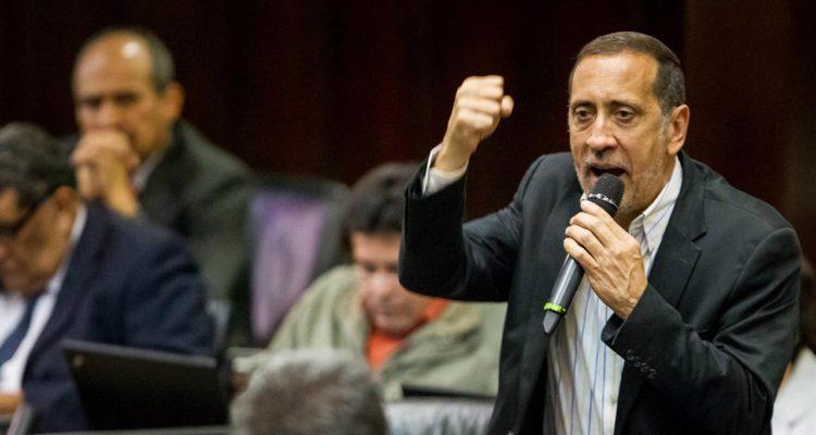 Para el diputado de la AN no se encuentran dadas las condiciones para la implementación de un nuevo cono monetario