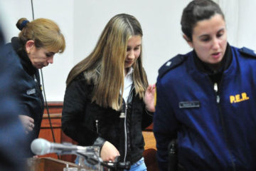 La joven de 19 años se convierte en la mujer más joven en recibir la pena máxima en la historia de la nación