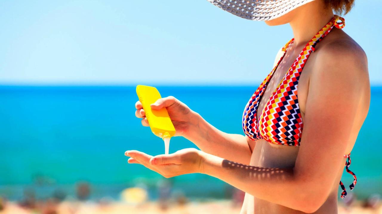 Evita la exposición a rayos del sol durante las vacaciones