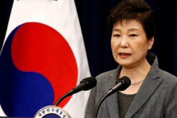 Sentencian a 8 años de cárcel a la expresidenta de Corea del Sur