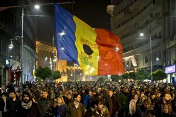 Más de 400 heridos en masiva protesta contra la corrupción en Rumanía