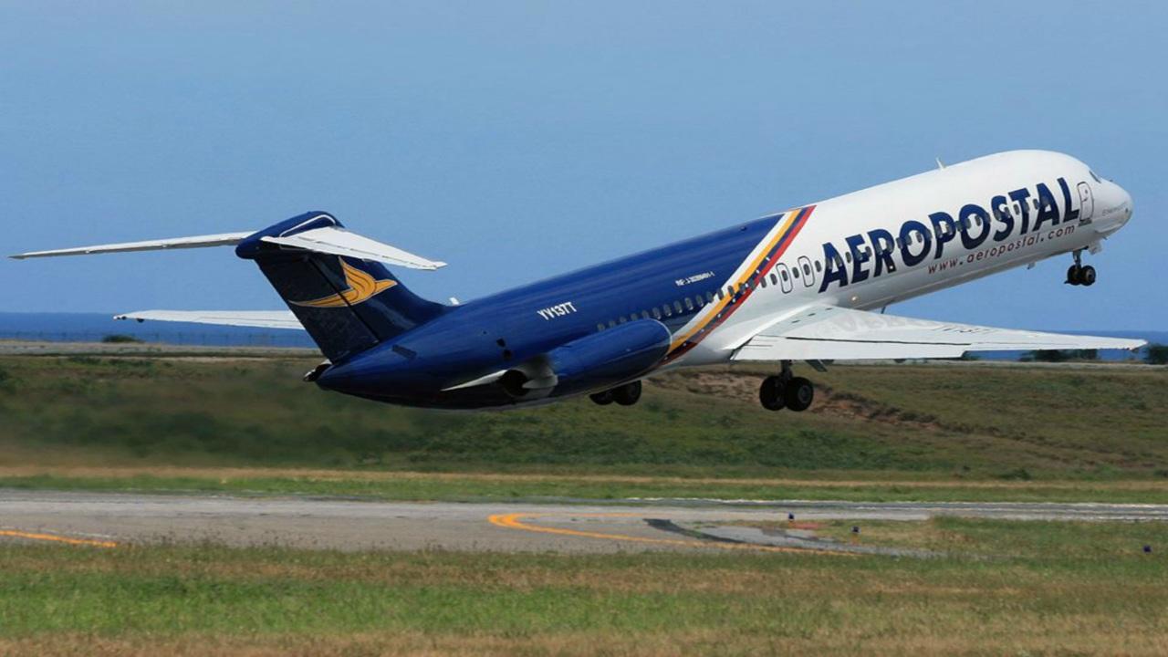 La aerolínea Aeropostal reanuda sus operaciones