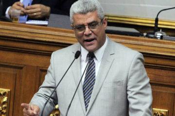 """El diputado señaló que la Asamblea Nacional Constituyente está """"usurpando las funciones del parlamento"""""""