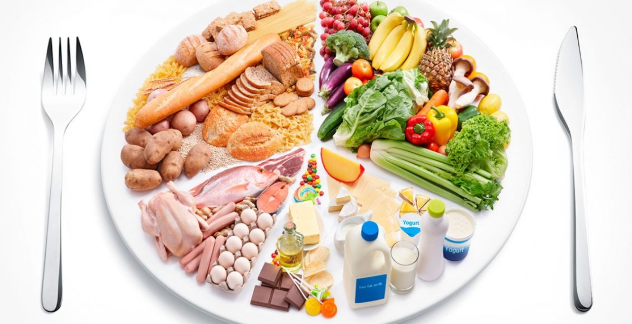 Consumir proteínas y nutrientes ayuda a nivelar la energía en el organismo