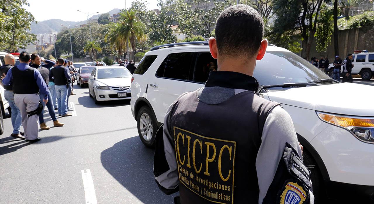 El hecho se originó en la carretera vieja de Charallave vía a Ocumare del Tuy cuando funcionarios se enfrentaron a los sospechosos
