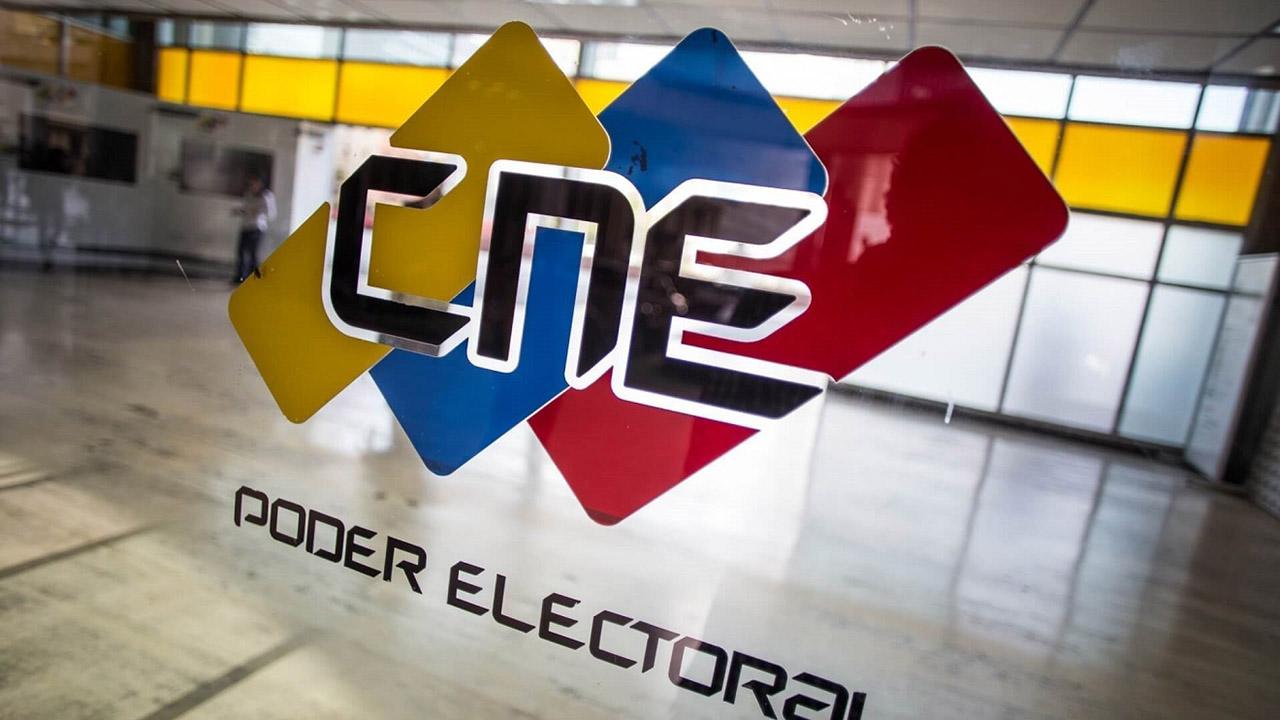 DOBLE LLAVE - La decisión la tomó el CNE ante la negatividad de las toldas de renovarse nuevamente