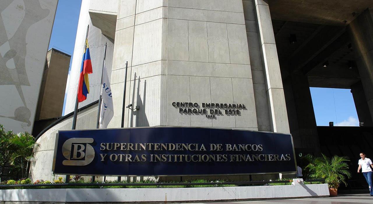 El organismo señaló que no debe hacerse por transferencias entre personas naturales o jurídicas sin pagar la tasa correspondiente