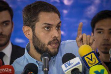 Difieren audiencia del dirigente político Juan Requesens
