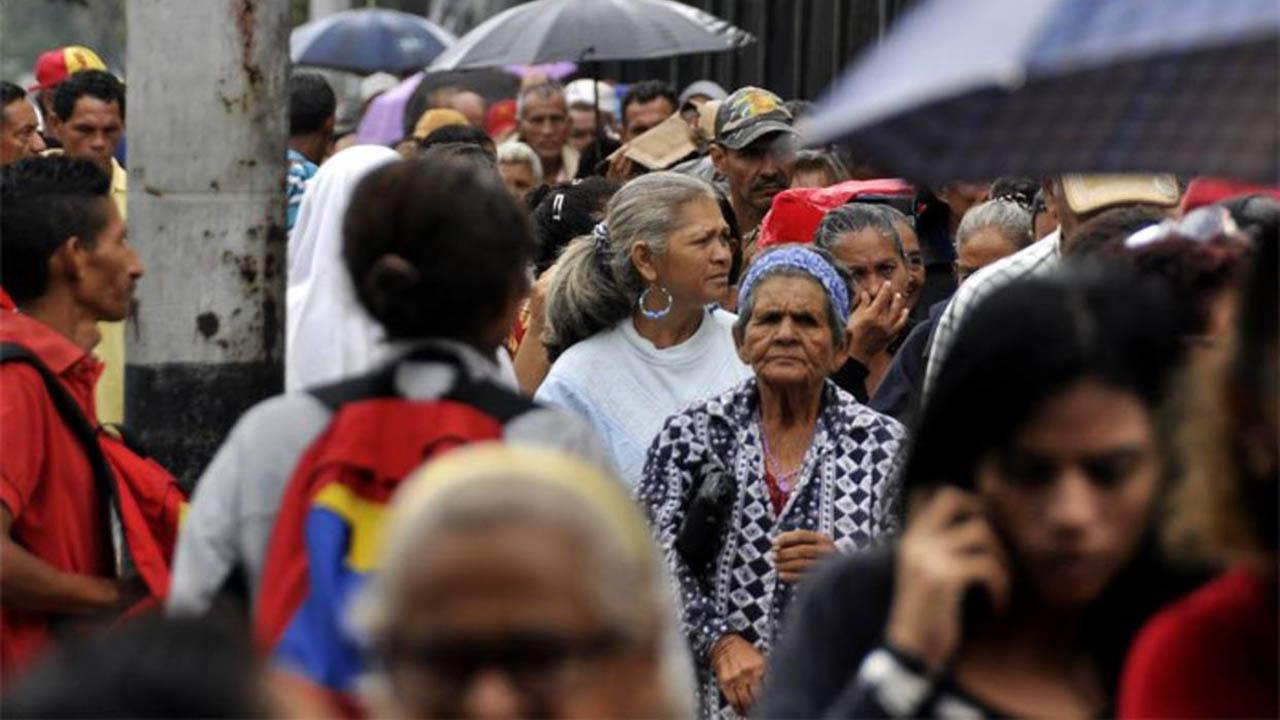 El representante de la Federación alegó que la mayoría de pensionados quieren su pago el efectivo al no manejar la tecnología
