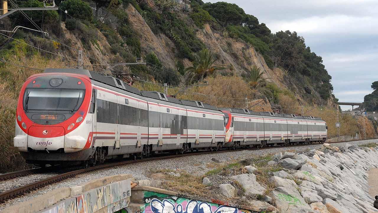 El ministro de Transporte indicó que el sistema ferroviario Centro-Occidental también estará próxima a estrenar
