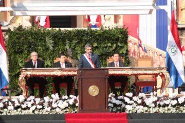 """En su primer discurso el nuevo jefe de Estado se solidarizó con los pueblos de Venezuela y Nicaragua """"frente a los abusos de poder"""""""