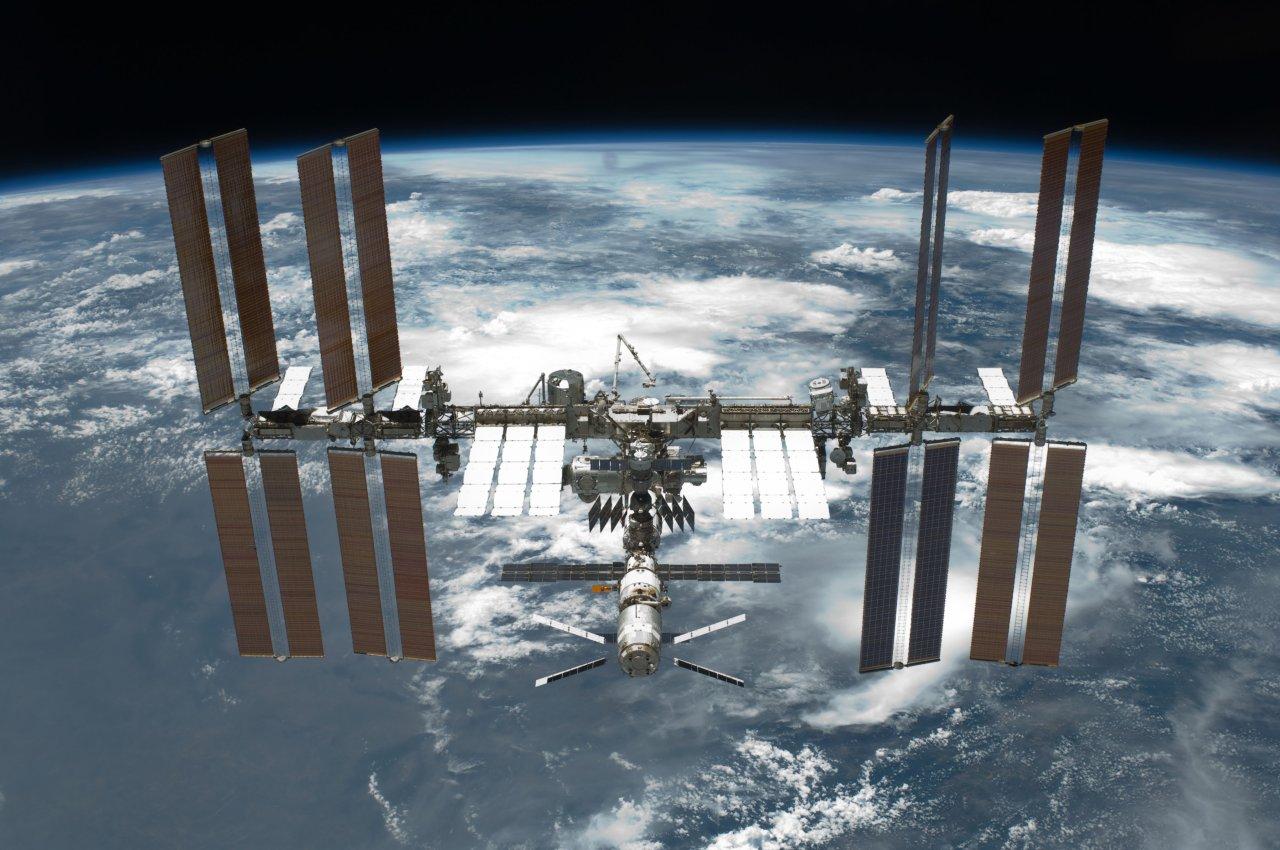 Instalan con éxito antena en Estación Espacial Internacional