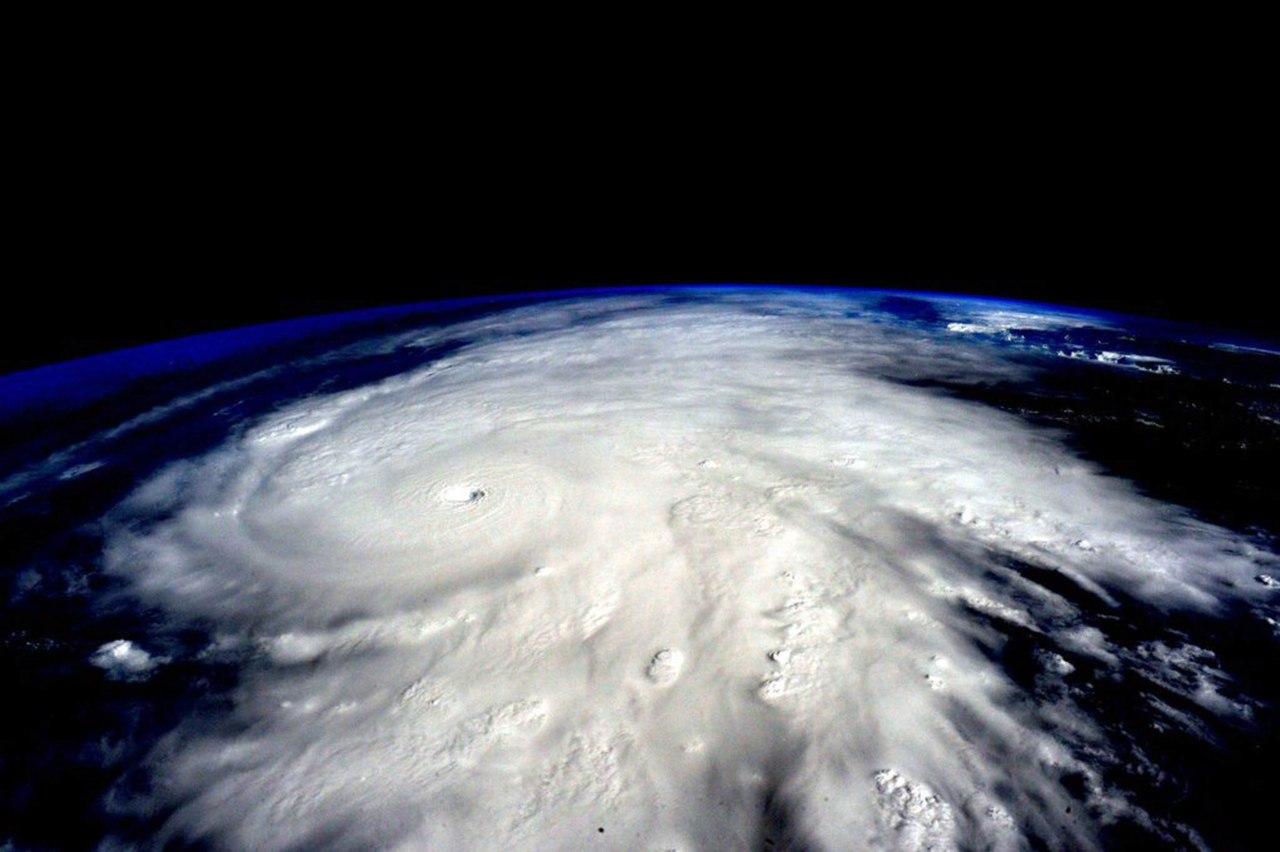 Japón en alerta por llegada del Tifon Cimaron