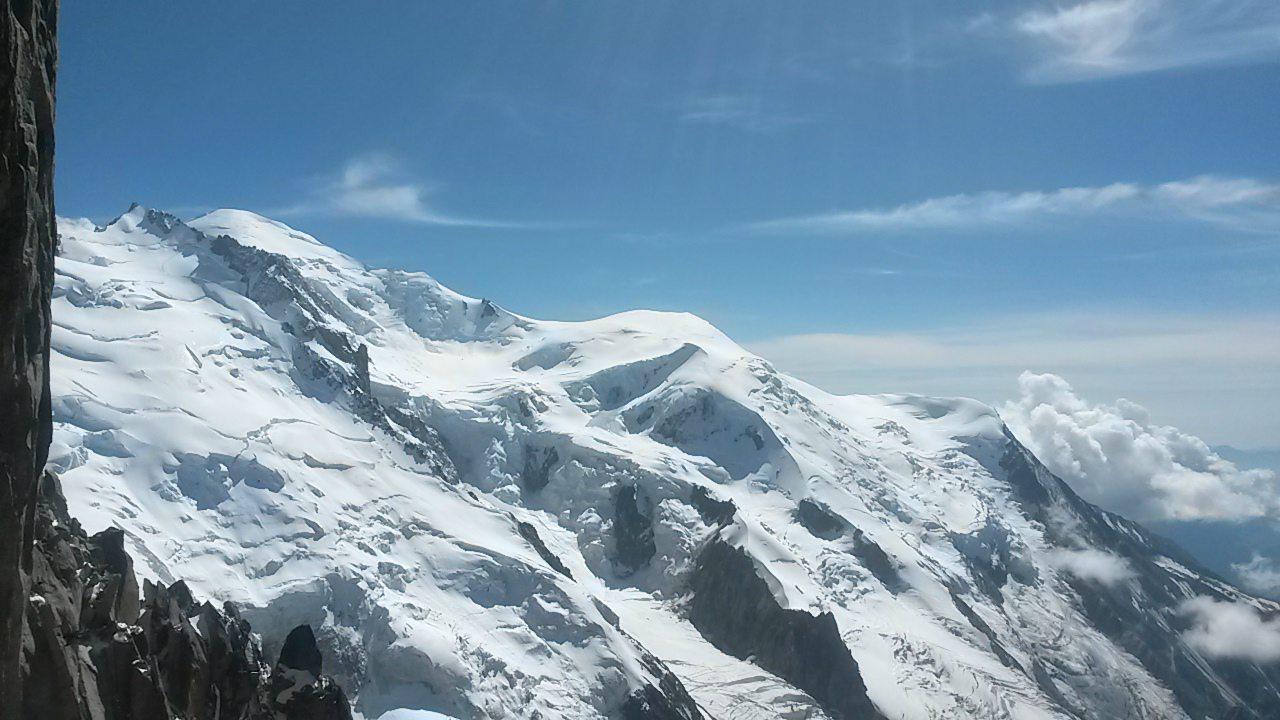 Mueren tres alpinistas en las montañas de Mont-Blanc en Francia