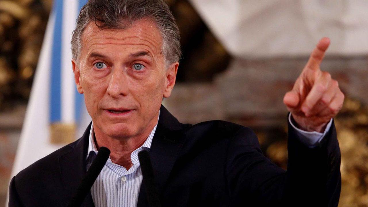 Las nuevas medidas buscarán paliar la actual situación económica que ha visto como el peso argentino sigue en devaluación