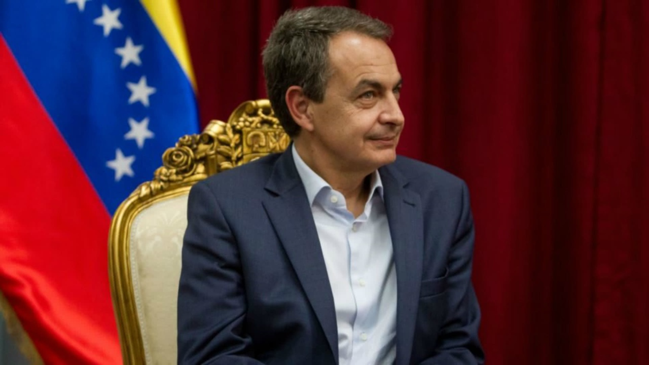 Zapatero: El camino de Venezuela es una salida democrática y no una conflictiva