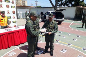 GNB detuvo a conductora tras incautarle 61 kilos de cocaína en su vehículo