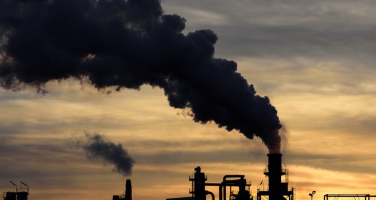La OCDE critica el bajo coste de emitir CO2