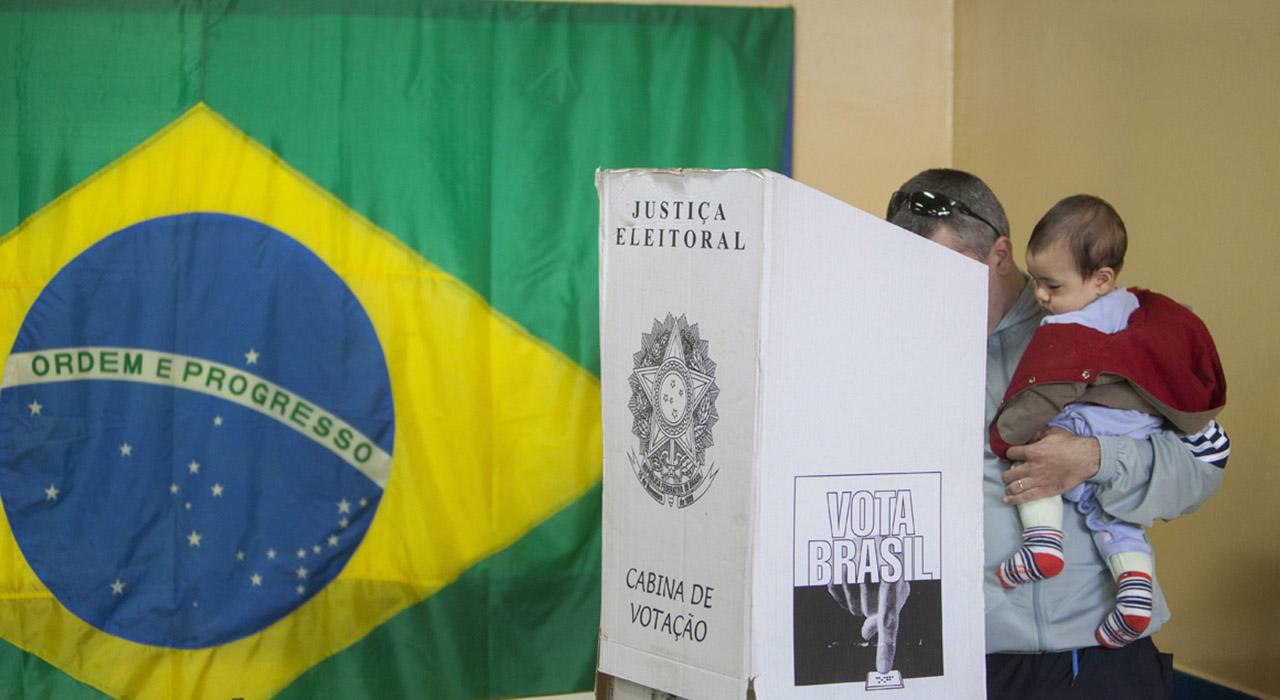 Candidatos presidenciales de Brasil cerraron sus campañas