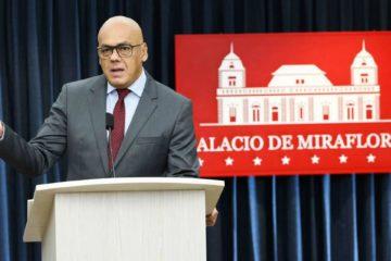 Las autoridades capturaron a cuatro individuos, entre ellos un teniente retirado de la aviación militar venezolana