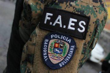 El proceso se llevó a cabo en la institución militar a tempranas horas de la mañana de este sábado, en el que se detuvo también a otras 23 personas