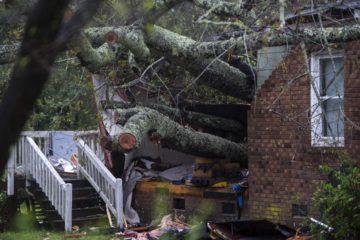 Trump declara estado de emergencia a Carolina del Norte y del Sur por tormenta Florence