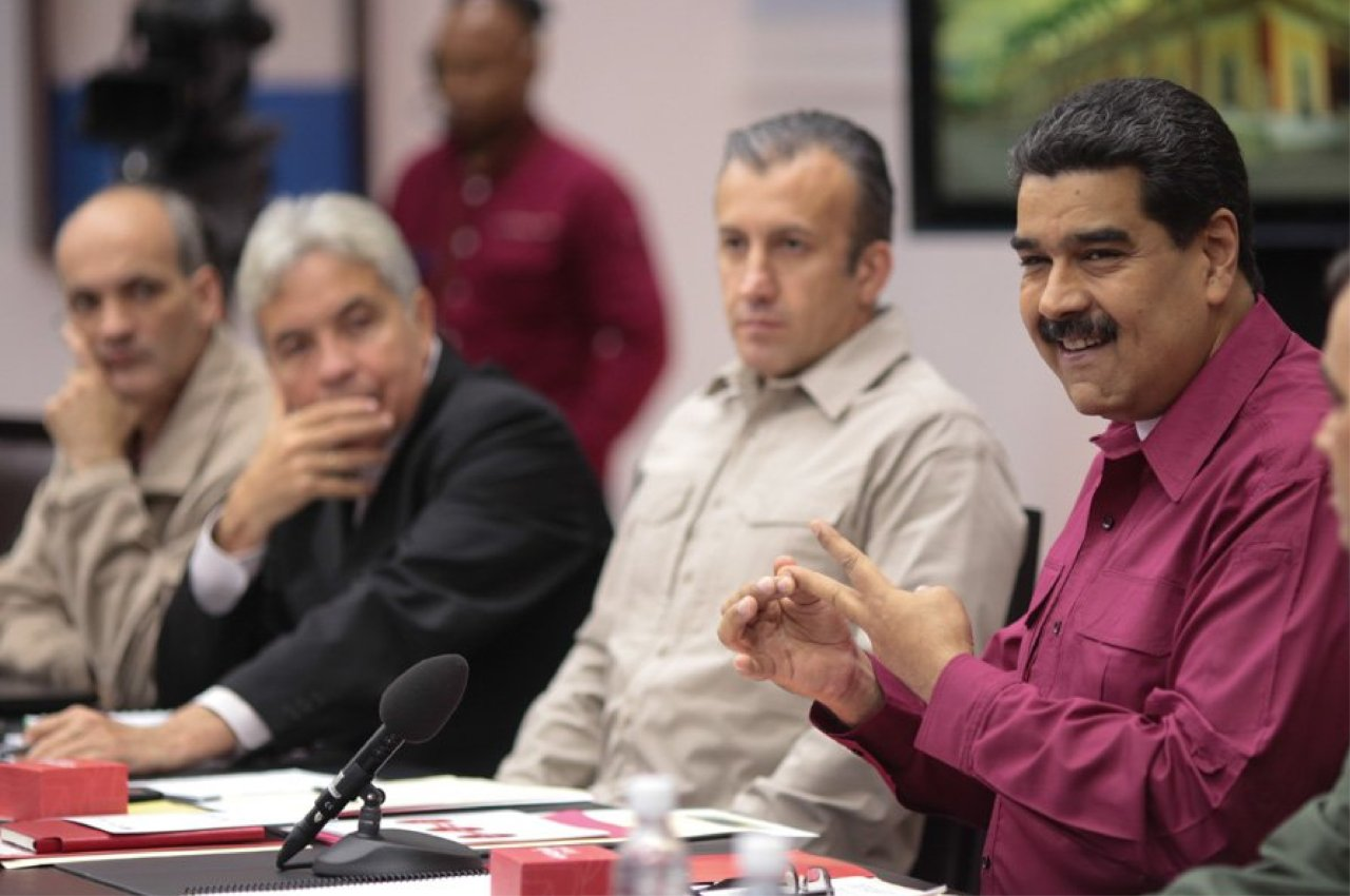 Maduro: El próximo viernes deben de estar instalados en todo el país los BioPago para el combustible