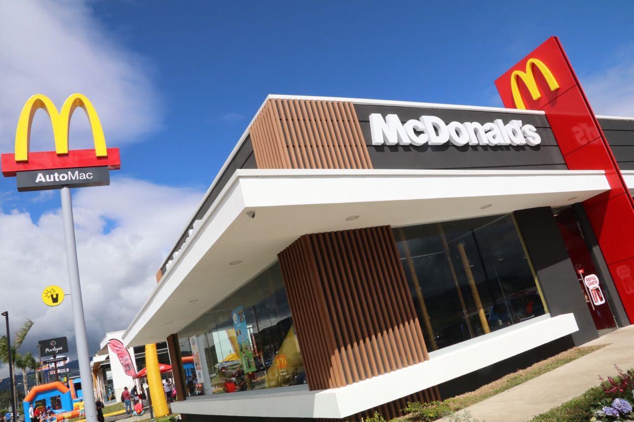 """McDonald's cierra un """"número reducido"""" de restaurantes en el país"""