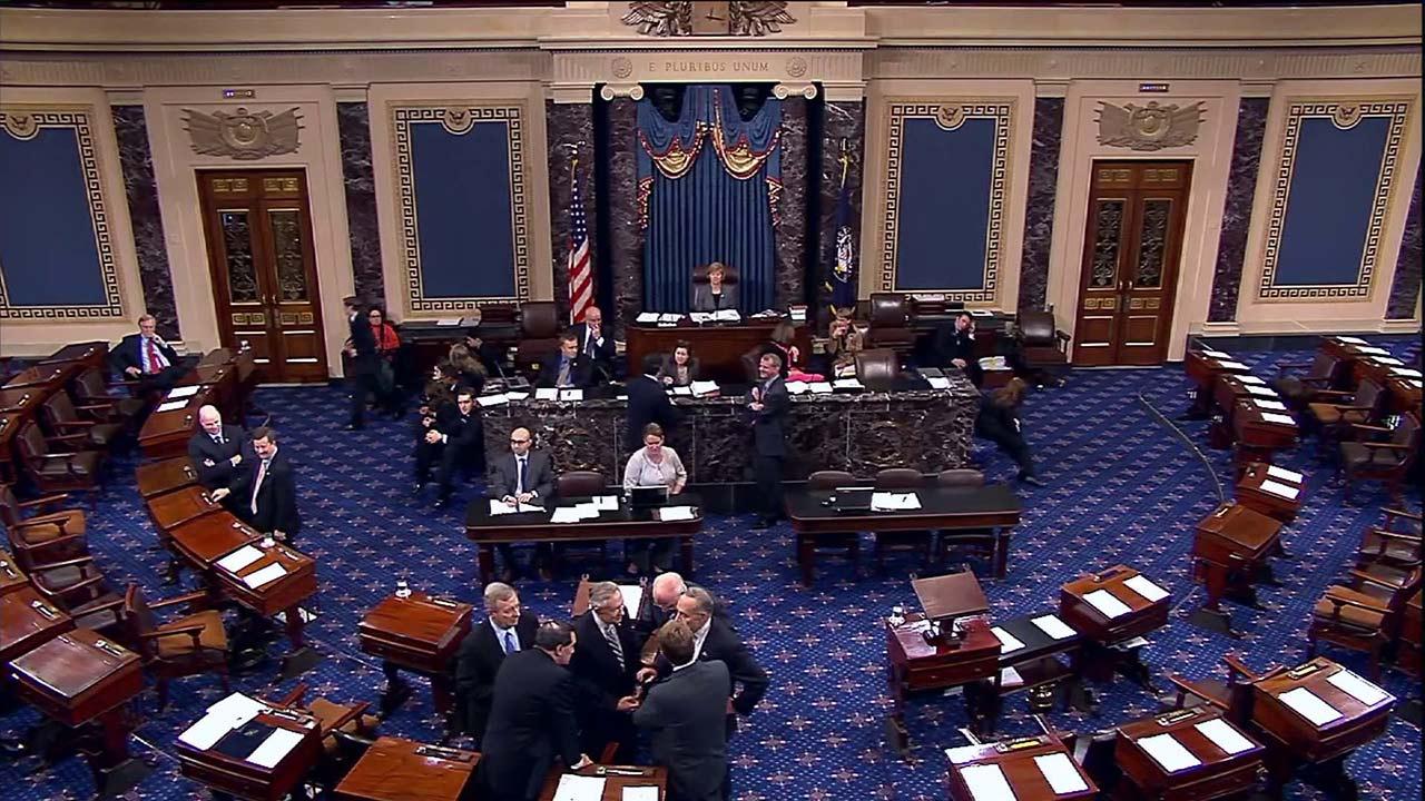 Senadores de EE.UU. presentan proyecto de ley para abordar crisis de Venezuela