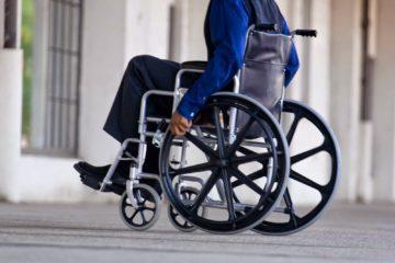 Un paralítico consigue caminar gracias a estimulación eléctrica
