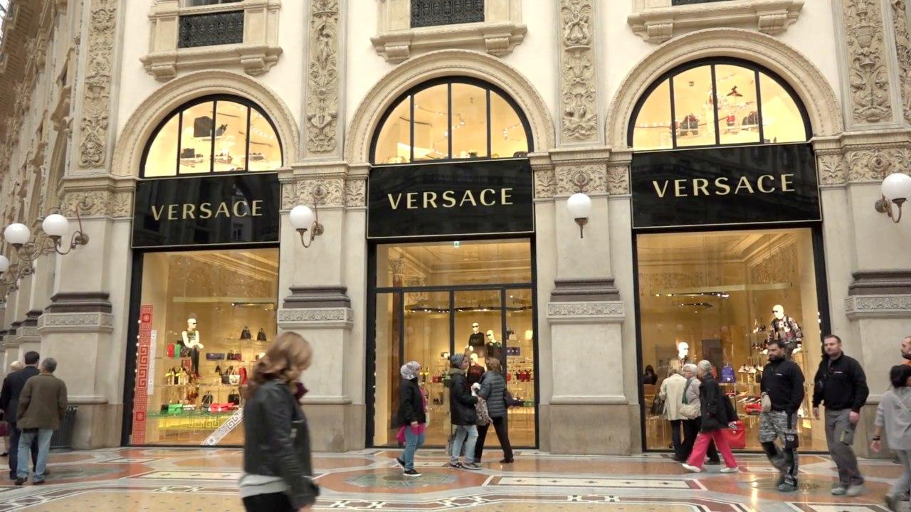 Michael Kors compra Versace por 2.100 millones de dólares